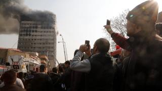 15-етажна сграда рухна в Техеран