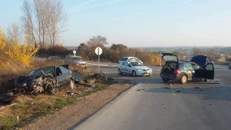 Тежка катастрофа с един загинал блокира пътя Плевен - Бяла,