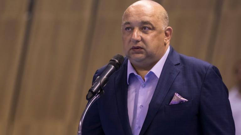 """Министър Кралев за """"Армията"""": В момента се подготвя създаването на дружество"""