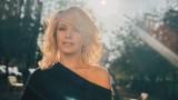 Поли Генова и една гореща снимка от отминало лято