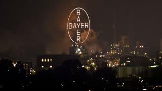 Bayer се споразумя да плати глоба от почти $12 милиарда заради Roundup