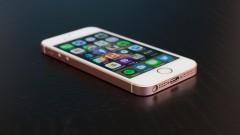 """Apple пуска нов """"бюджетен"""" iPhone през март. Моделът ще се продава за $400"""