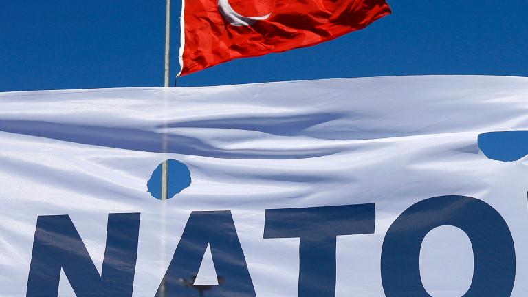 НАТО счита операцията на Турция срещу кюрдите в Сирия като
