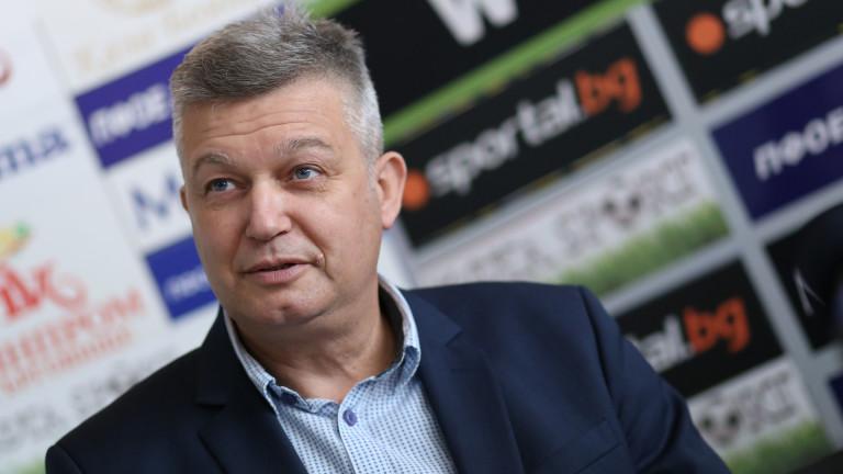 Петър Петров: ВАР е бъдещето и ние трябва да сме в крак с развитието на футбола