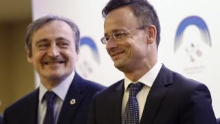 """Унгария: Европа остава """"беззащитна"""" пред мигрантите"""