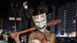Секси костюмите за Хелоуин на Жозефин Скривър, Анела Милър и Николета Лозанова