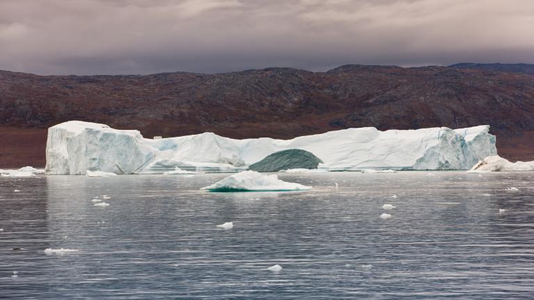 Топенето на леда на планетата се ускорява с рекордни темпове,
