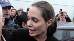 Анджелина Джоли влезе в болница с анорексия
