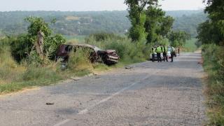 Катастрофа между тир и кола затвори Ришкия проход