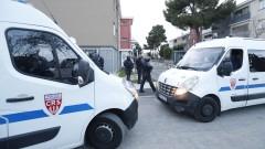 Френски политик е арестуван заради пост в Туитър