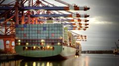 Въпреки митата търговският излишък на Китай отчита рекорден ръст до $41 милиарда