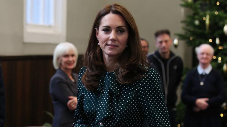 Кейт Мидълтън срещу кралските традиции