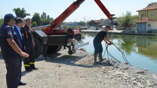 """Бургас обещава край на наводненията около канала на езерото """"Вая"""" и Черно море"""