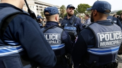 Френската полиция задържа 11 души за терора в Ница