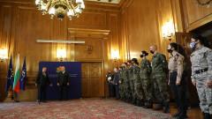 Една пандемия не може да уплаши българските военни, убеден Каракачанов