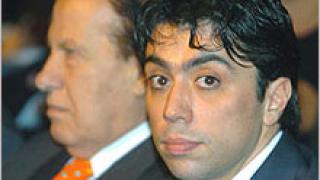 УЕФА притеснена от трансферите на Тевес и Масчерано в Уест Хем