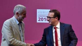 Британски съд позволи на 130 хил. нови лейбъристки членове да гласуват за лидер