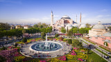 """Турски съд отхвърли иск за превръщане на """"Света София"""" в джамия"""