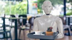 В САЩ: Роботи започнаха да заместват липсващите служители в ресторантите