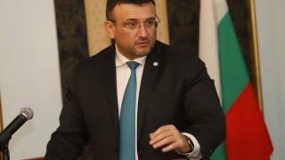 Младен Маринов не е избрал момента за акцията в Комисията по хазарта