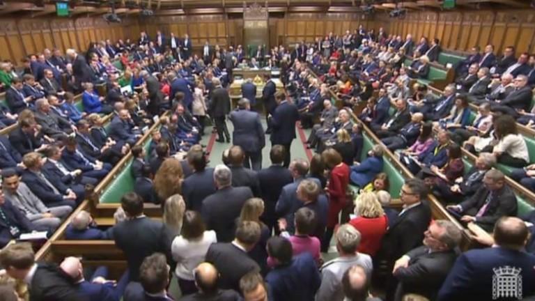 Парламентът на Великобритания с важна стъпка към Брекзит. Камарата на