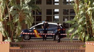 Разрешиха на 130 души да напуснат хотела в Тенерифе, блокиран заради коронавируса