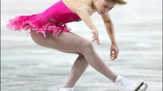 Каролина Костнер европейска шампионка по фигурно пързаляне