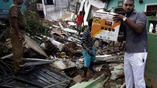 Бунтове след смъртта на 26 души при инцидент в Шри Ланка