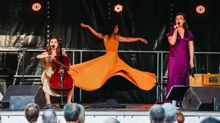 Прочутият в цял свят танц на дервишите от 2005 г.