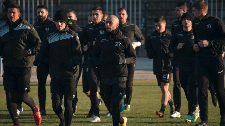 Локомотив (Пд) надигра градския си съперник от Марица с 4:0