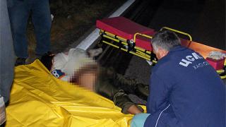 Автобус прегази 25-годишна, легнала на пътя