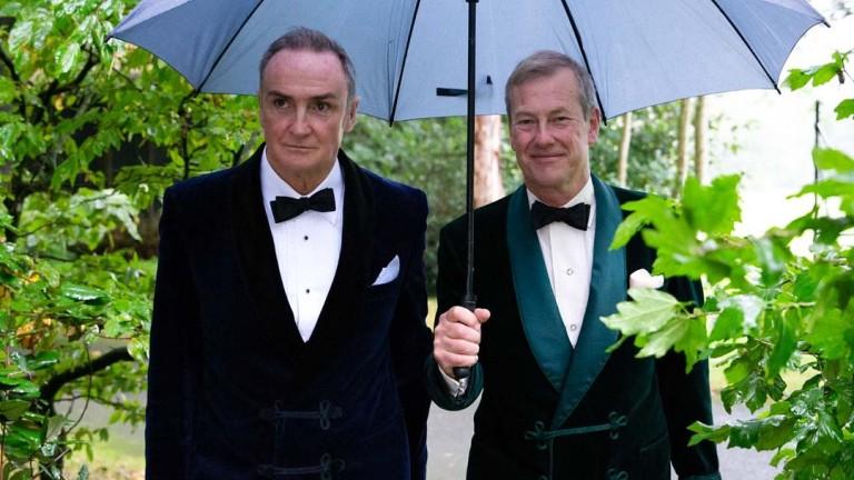 Първият еднополов брак в британския кралски двор вече е факт.