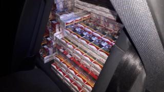 """Задържаха над 600 000 контрабандни цигари на ГКПП """"Кулата"""""""