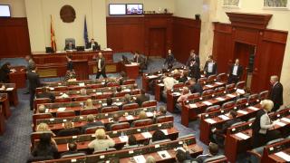 Македония ще ратифицира договора с Гърция въпреки ветото на президента
