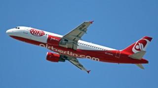 Ники Лауда си върна авиолинията, която основа