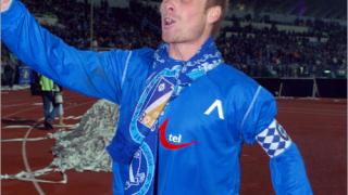Топузаков пред трансфер в ДЖЕФ Юнайтед