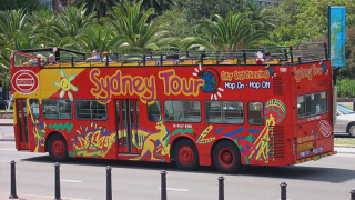 Пускат двуетажни автобуси за туристи в София