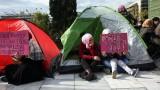 Бежанци в Гърция настояват за прехвърляне в Германия, започват гладна стачка