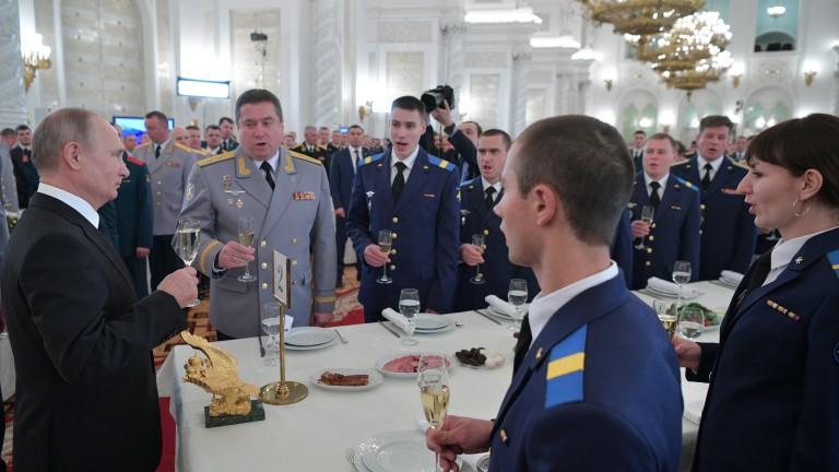Путин подписа споразумението между Русия и Сирия за разширяване на базата в Тартус