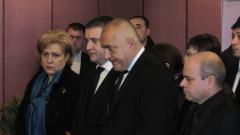 Борисов и Горанов сред стотиците на поклонението на Ваньо Танов в Русе