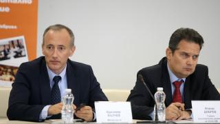 Няма да има увеличение на цените на учебниците за 9 клас, потвърди Красимир Вълчев
