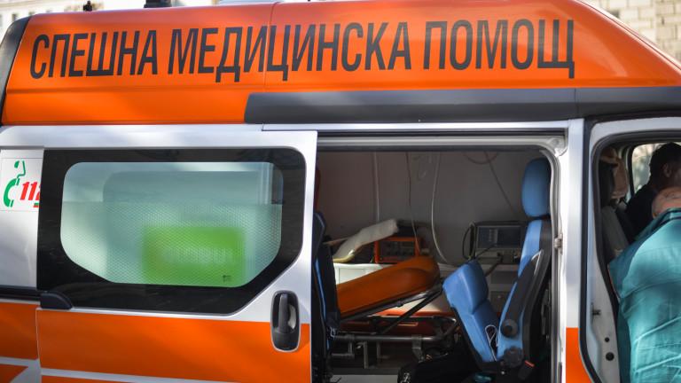 Колоездач наряза гумите на линейка в столицата
