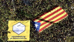 Прокуратурата нареди на каталунската полиция да изземе материалите за референдума