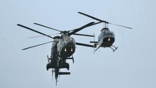 Парадът за 6 май през погледа на военните машини в небето