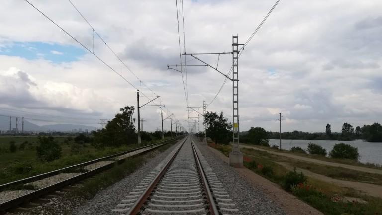 Пътуваме за половин час от София до Радомир с модернизирана жп линия