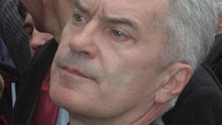 Сидеров иска арест за Петков
