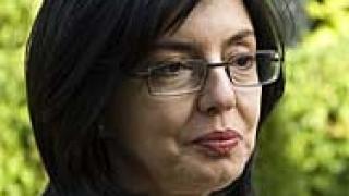 Кунева: По Скандала се оправяйте сами, без Брюксел