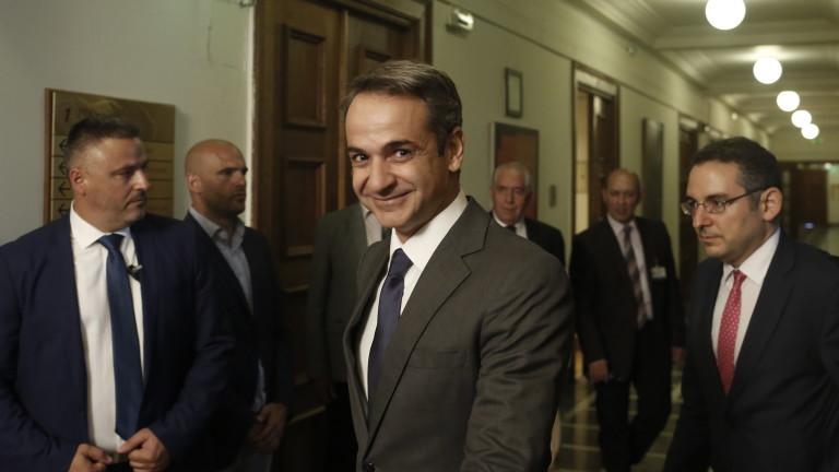 Гърция признава Гуайдо за временен президент на Венецуела