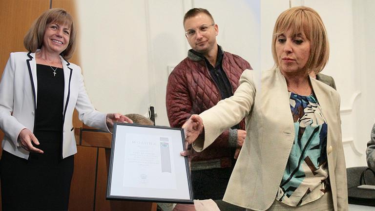 Фандъкова губи преднина пред Манолова в битката за София