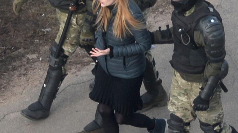 2 г. затвор в колония за обида на Лукашенко получи опозиционерка